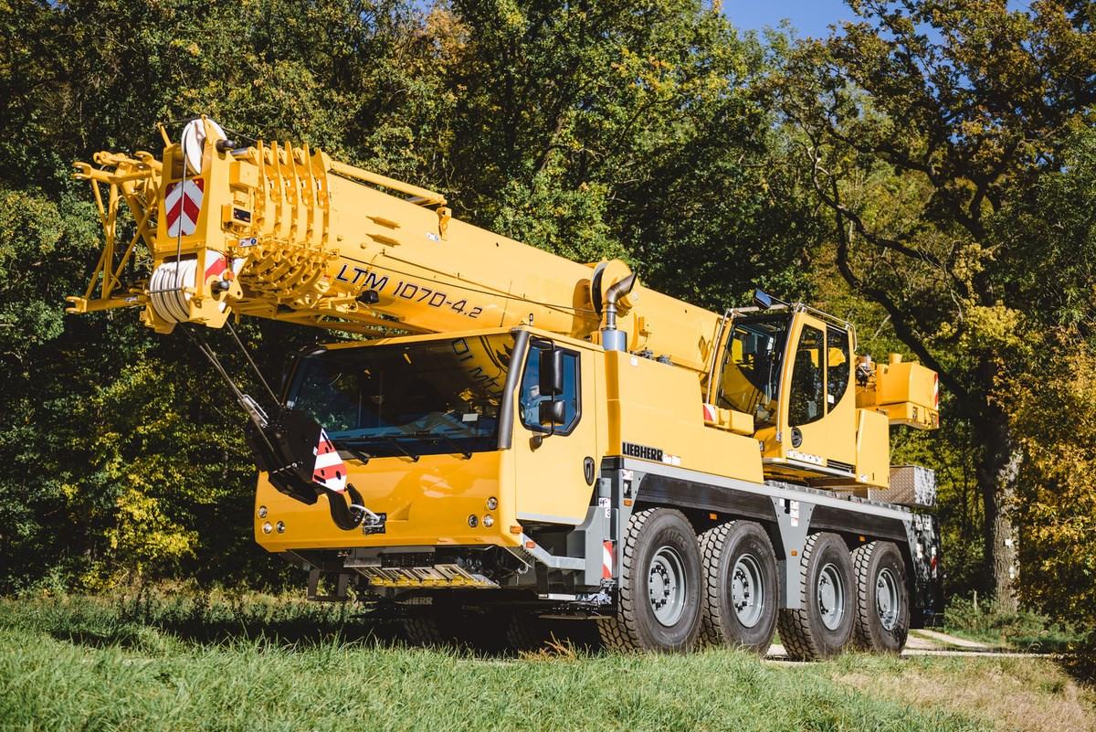 Liebherr LTM1070-4.2